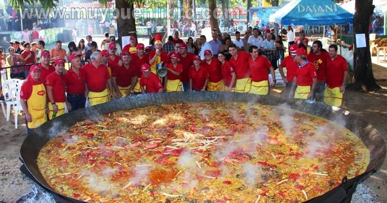 Casa de espana hace paella para 3000 personas - Tarimas del mundo madrid ...